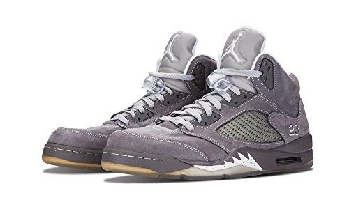 UPC 659658989733. Nike Air Jordan 5 Retro